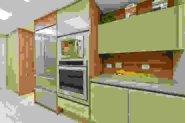Residência Água Verde L&O Cozinhas modernas por VL Arquitetura e Interiores Moderno