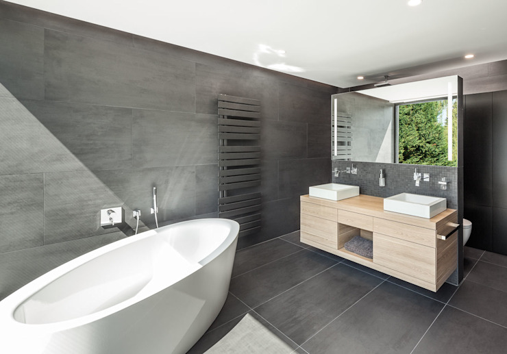 Modern Bathroom by ZHAC / Zweering Helmus Architektur+Consulting Modern Tiles