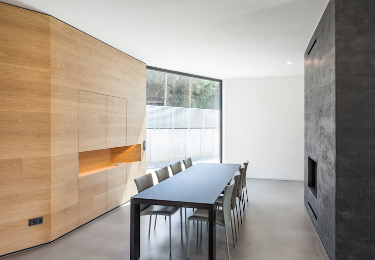 Dining room by ZHAC / Zweering Helmus Architektur+Consulting, Modern Wood Wood effect