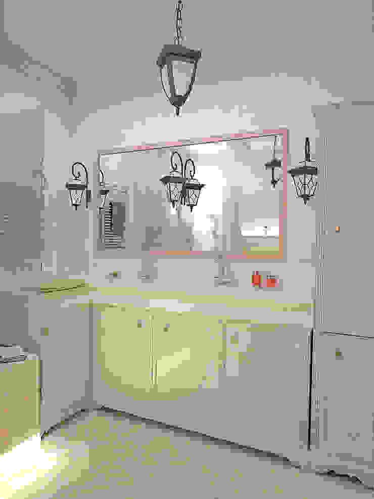 Ванная комната 2-го этажа Ванная в классическом стиле от Дизайн студия Александра Скирды ВЕРСАЛЬПРОЕКТ Классический
