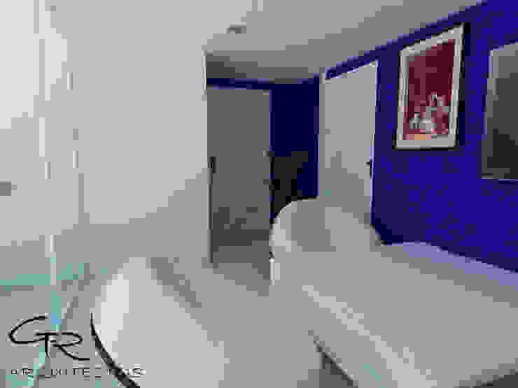 House Tempo Salas multimedia modernas de GT-R Arquitectos Moderno