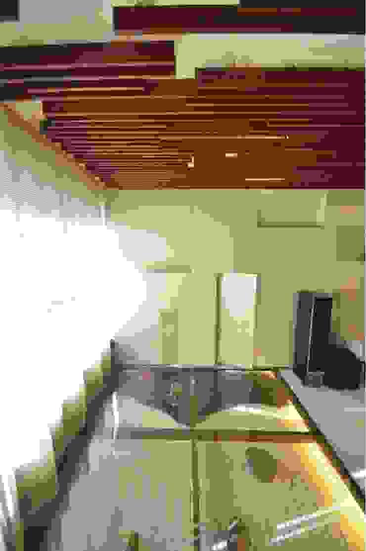 Zen Garden , glass floor Minimalist living room by The White Room Minimalist