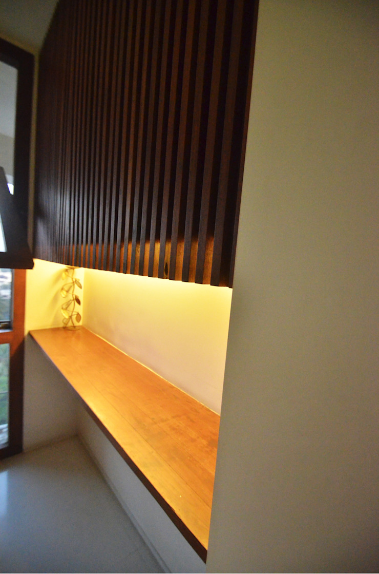 Dining Storage Minimalist dining room by The White Room Minimalist