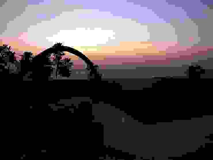 Sunset in the garden Mediterranean style garden by The White Room Mediterranean