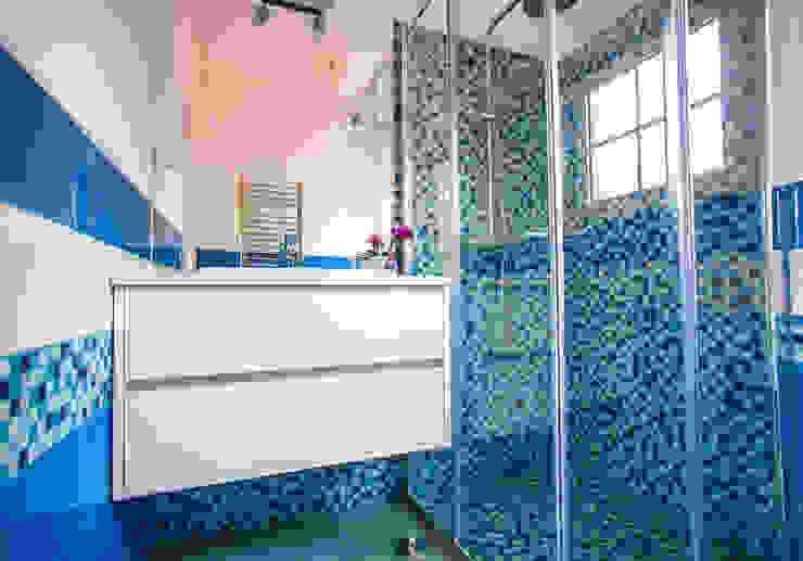 Baños de estilo  de Architect Your Home, Moderno
