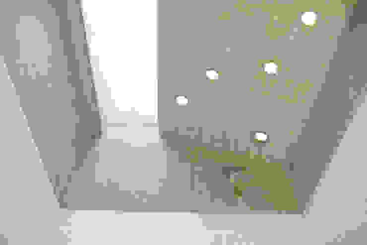 Modern bathroom by vonMeierMohr Architekten Modern