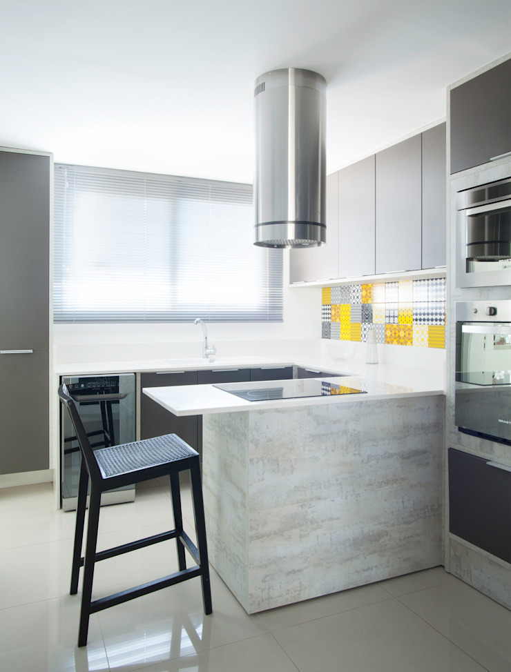 Johnny Thomsen Arquitetura e Design Kitchen Concrete Grey