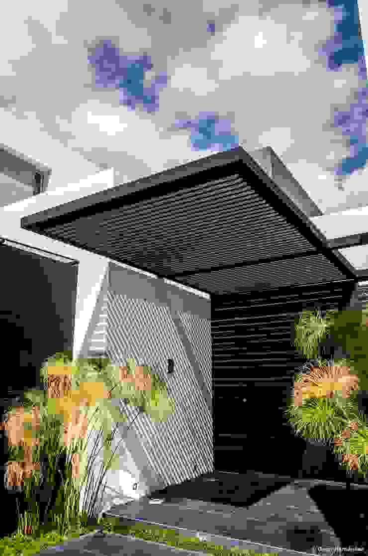 casaMEZQUITE de BAG arquitectura Moderno Hierro/Acero