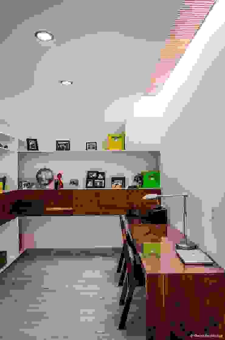 casaMEZQUITE Estudios y despachos modernos de BAG arquitectura Moderno Madera Acabado en madera