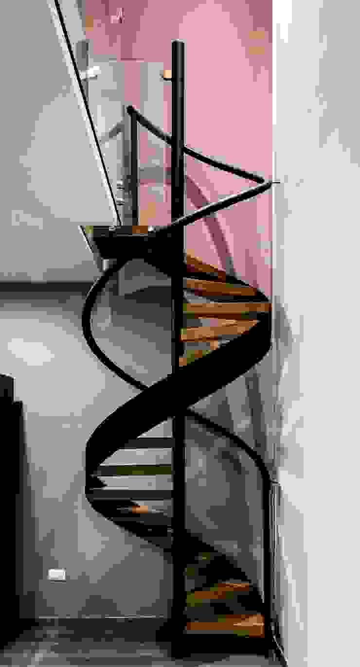 casaMEZQUITE Pasillos, vestíbulos y escaleras modernos de BAG arquitectura Moderno Hierro/Acero