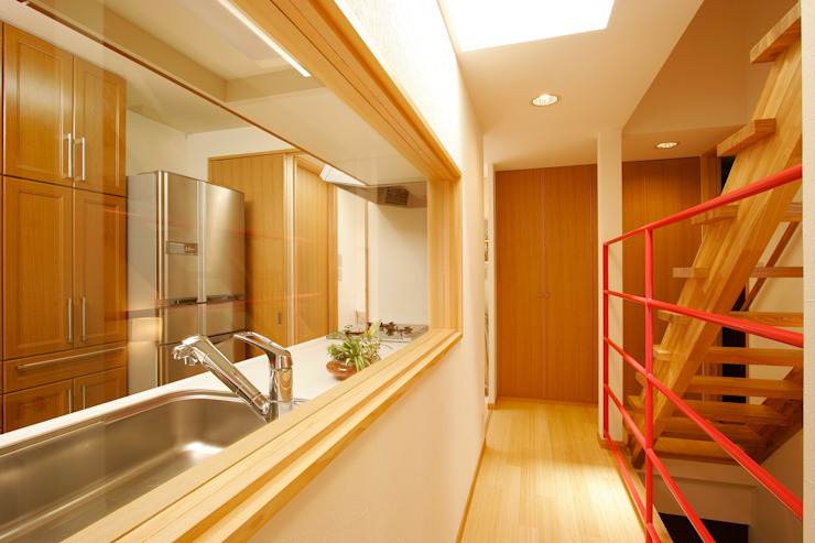 MS-House: 仲摩邦彦建築設計事務所 / Nakama Kunihiko Architectsが手掛けたキッチンです。,モダン ガラス