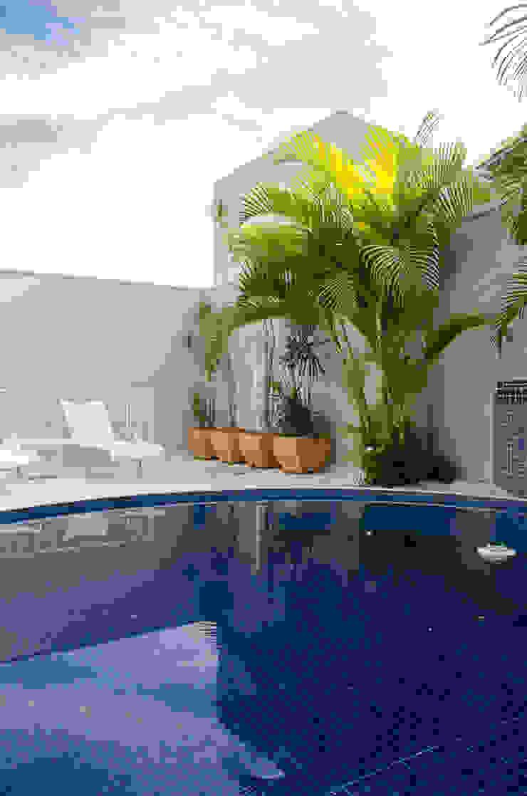 A/ZERO Arquitetura 泳池