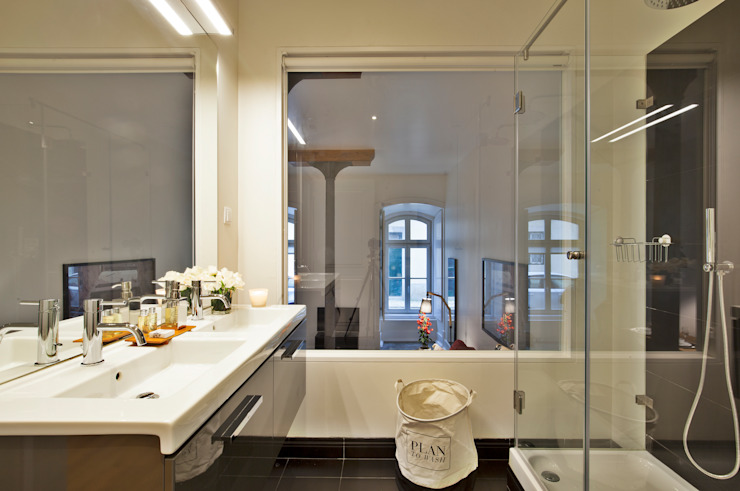 Bathroom by Pureza Magalhães, Arquitectura e Design de Interiores,