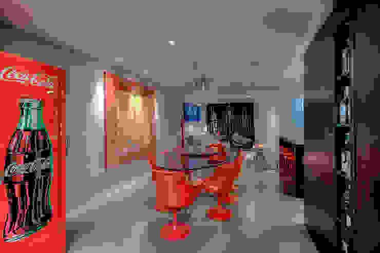 Sala da pranzo moderna di VL Arquitetura e Interiores Moderno