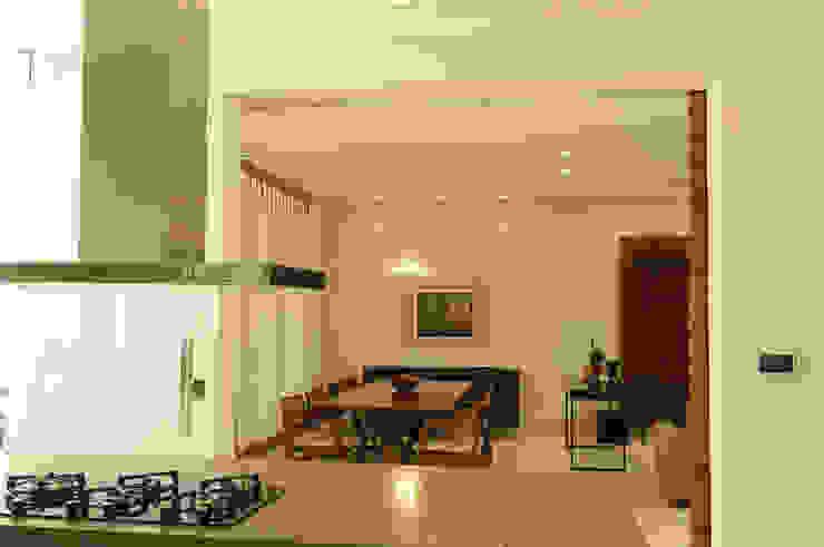 Modern Dining Room by A/ZERO Arquitetura Modern