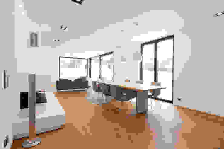 Salas de jantar  por Schiller Architektur BDA, Moderno