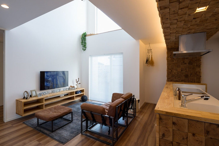 Modern living room by LITTLE NEST WORKS Modern Wood Wood effect