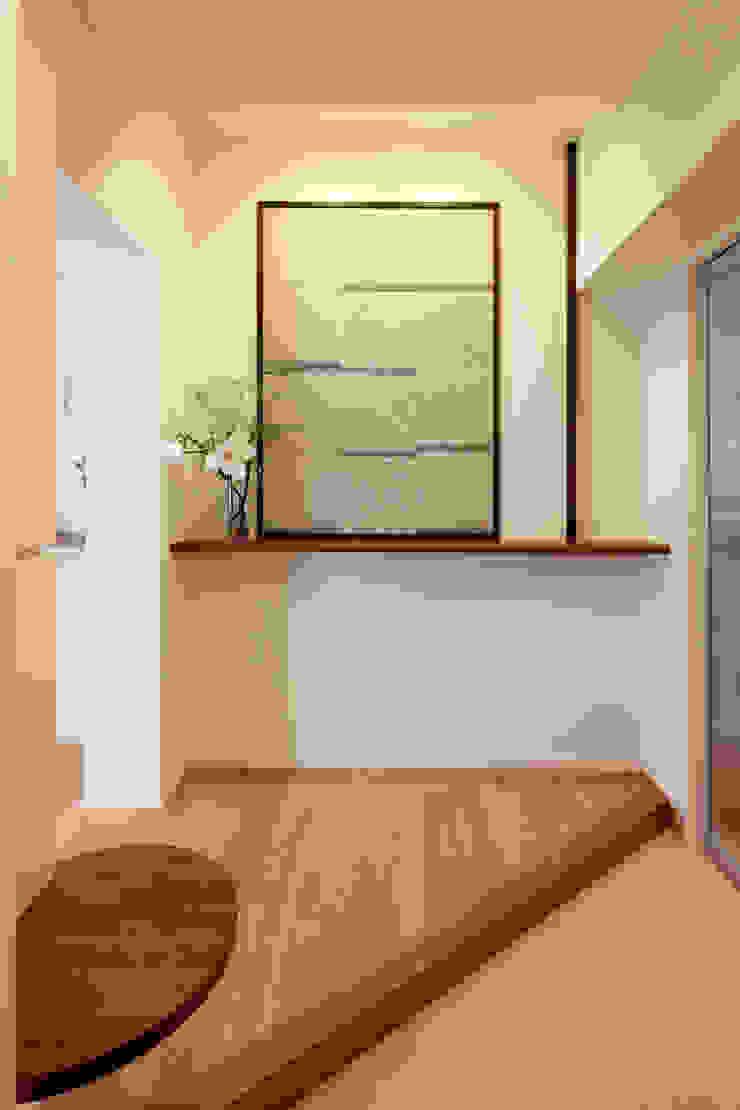 玄関 モダンスタイルの 玄関&廊下&階段 の シーズ・アーキスタディオ建築設計室 モダン