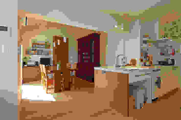 Cucina in stile  di シーズ・アーキスタディオ建築設計室,