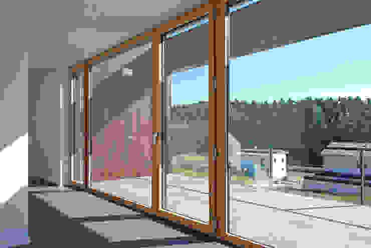 Innenraum / Balkon Moderner Balkon, Veranda & Terrasse von Fichtner Gruber Architekten Modern