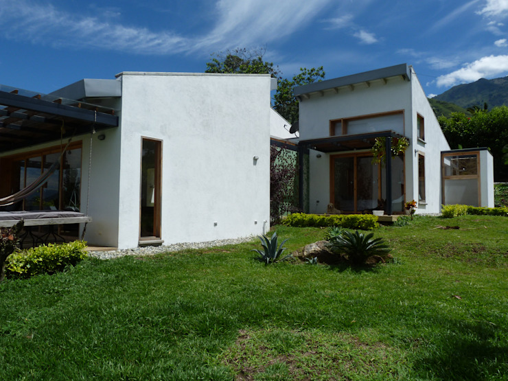 interior137 arquitectos Modern houses