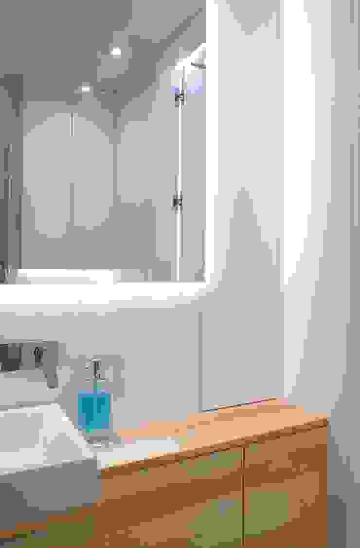 Grey-t Nowoczesna łazienka od t design Nowoczesny Płyta MDF