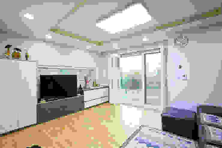 Living room by 한글주택(주), Modern