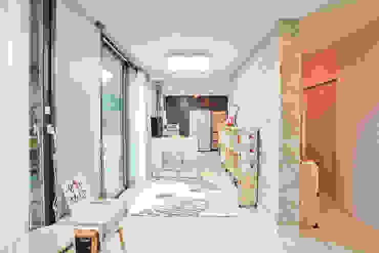 Livings de estilo  por 한글주택(주) , Moderno