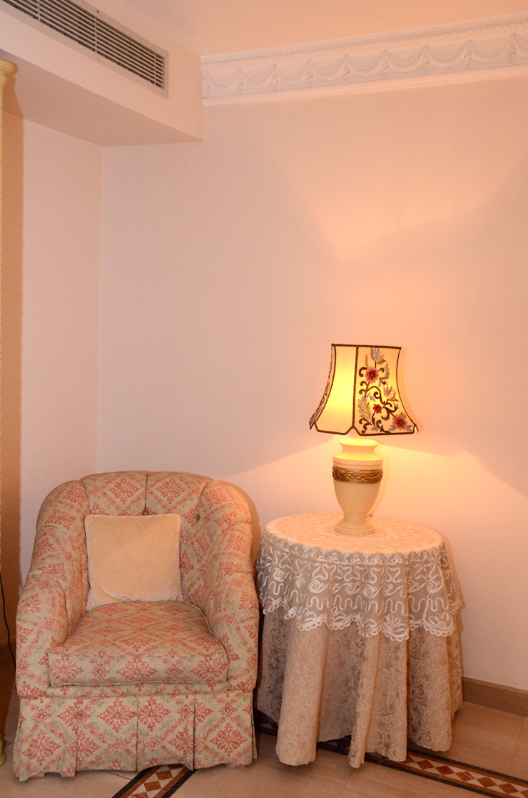 Tania Mariani Architecture & Interiors BedroomSofas & chaise longue Tekstil Beige