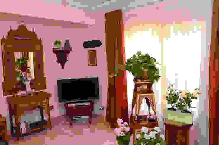 Tania Mariani Architecture & Interiors Kamar Tidur Klasik Kayu Multicolored