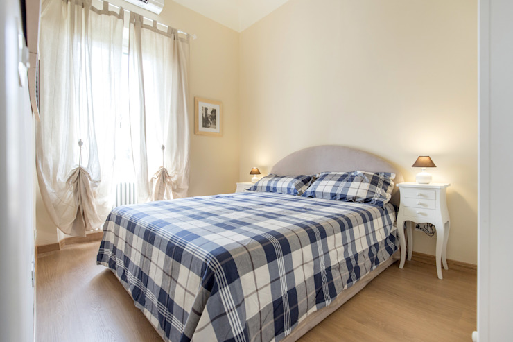 Dormitorios de estilo moderno de STUDIO ARCHIFIRENZE Moderno