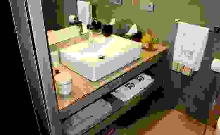 Diseño y reforma integral de piso. Baños de estilo moderno de COINA Moderno