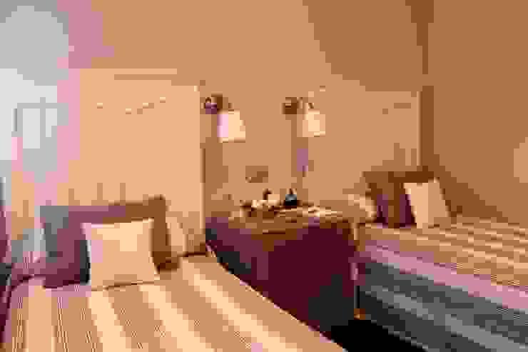Diseño y reforma integral de piso. Dormitorios de estilo moderno de COINA Moderno