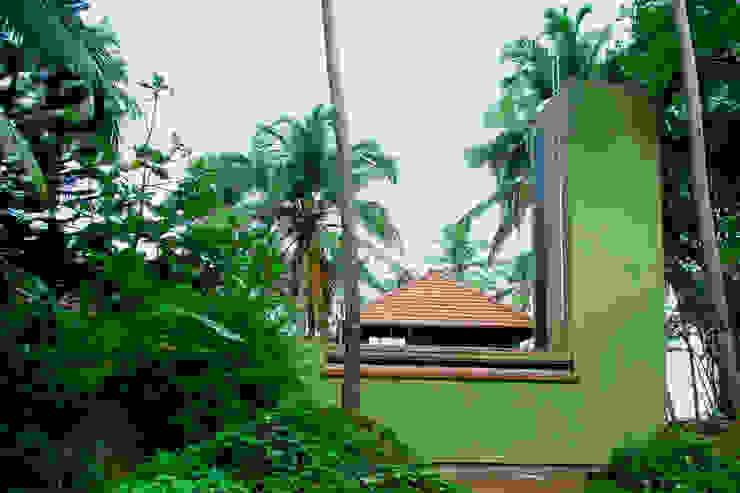 Eastern facade GDKdesigns Minimalist houses
