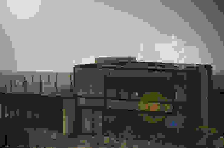 Brick House Casas mediterráneas de ZUM ARQUITECTURA Mediterráneo