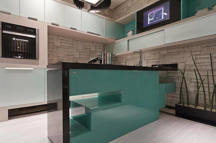 Industrial style kitchen by Jacqueline Fumagalli Arquitetura & Design Industrial