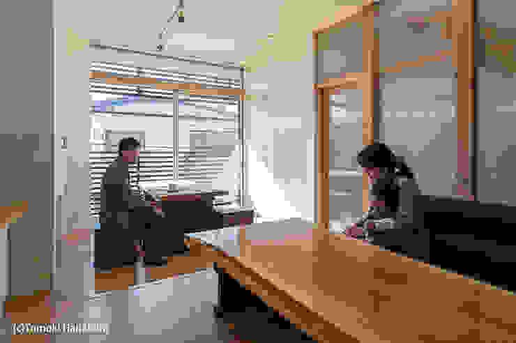I Live Architects/田辺弘幸建築設計事務所 Living room