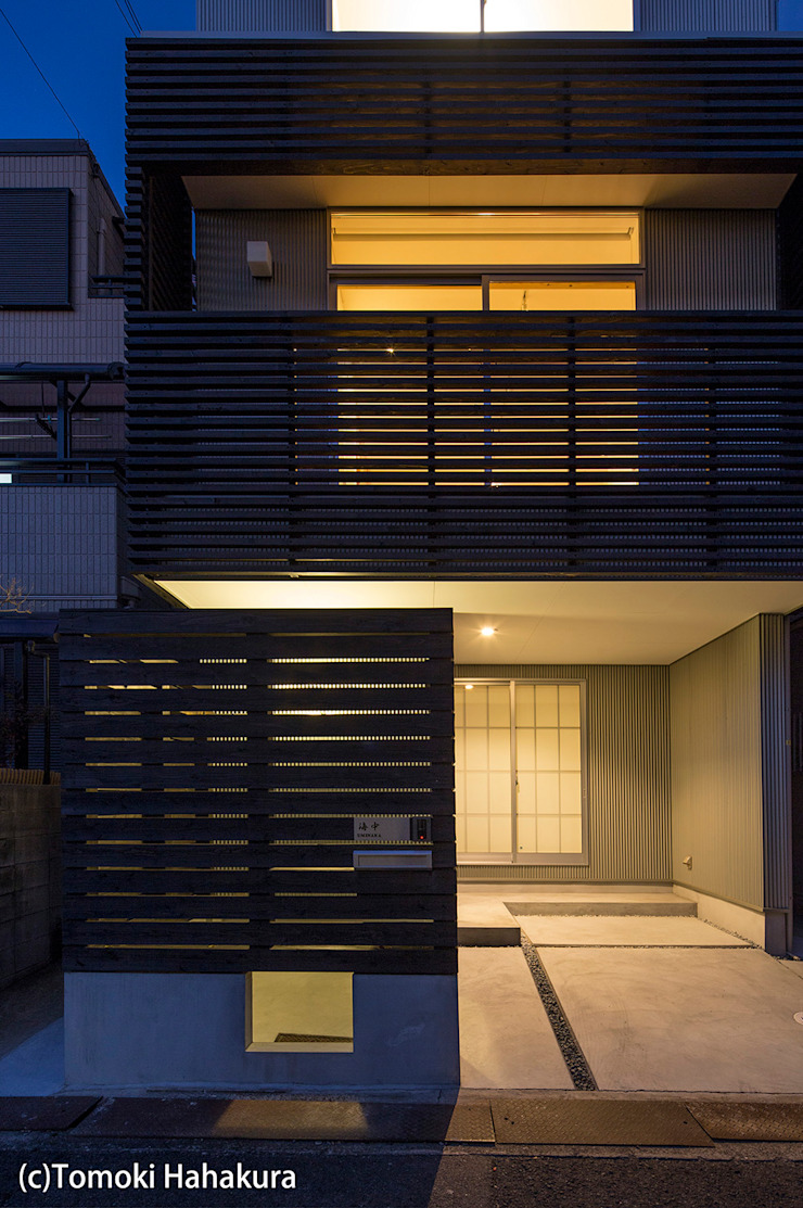 I Live Architects/田辺弘幸建築設計事務所 Modern home