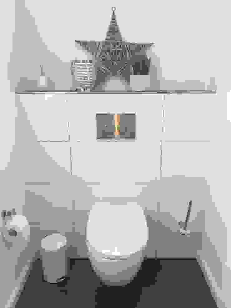 Baños de estilo moderno de Göttling Fliesentechnik GmbH Moderno