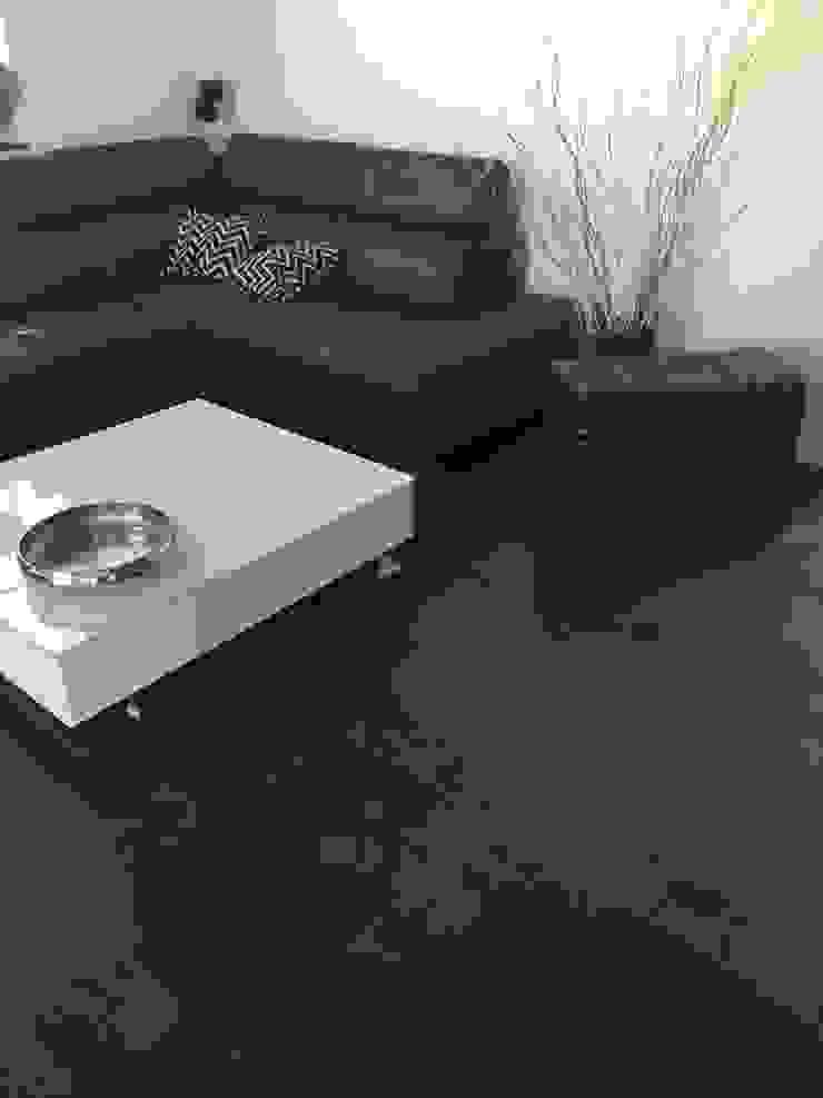 Göttling Fliesentechnik GmbH Modern living room