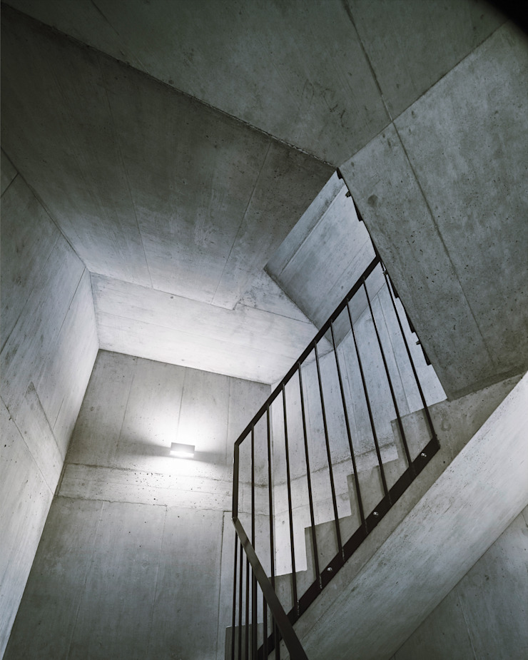 idA buehrer wuest architekten sia ag Koridor & Tangga Modern Beton