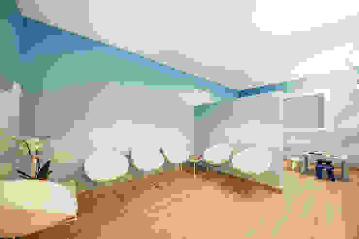 STUDIO PAOLA FAVRETTO SAGL Cliniques méditerranéennes Céramique Turquoise