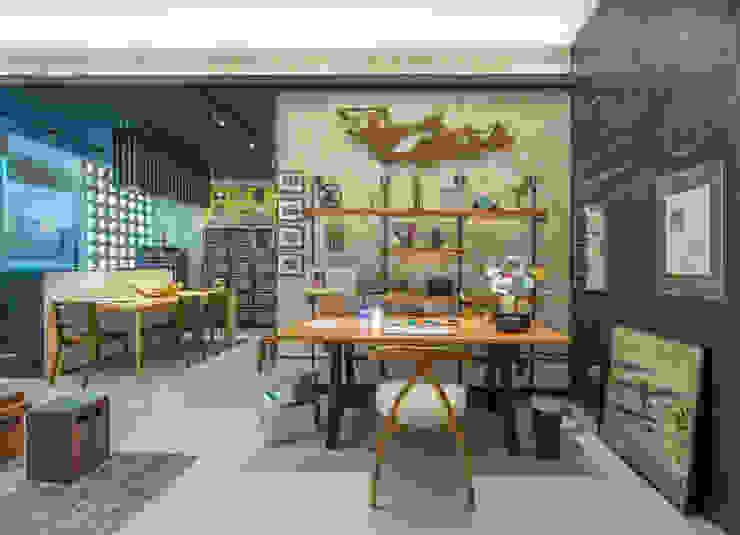 Study/office by Emmilia Cardoso Designers Associados, Industrial