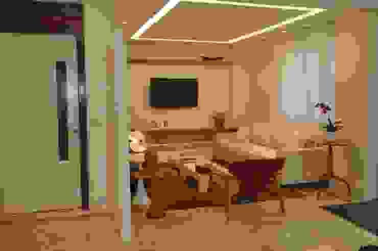 Apartamento Espelho Prata Salas de estar modernas por Emmilia Cardoso Designers Associados Moderno