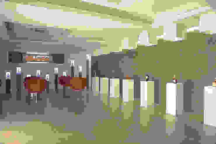 Diageo: Oficinas y Tiendas de estilo  por Arquint Colombia,