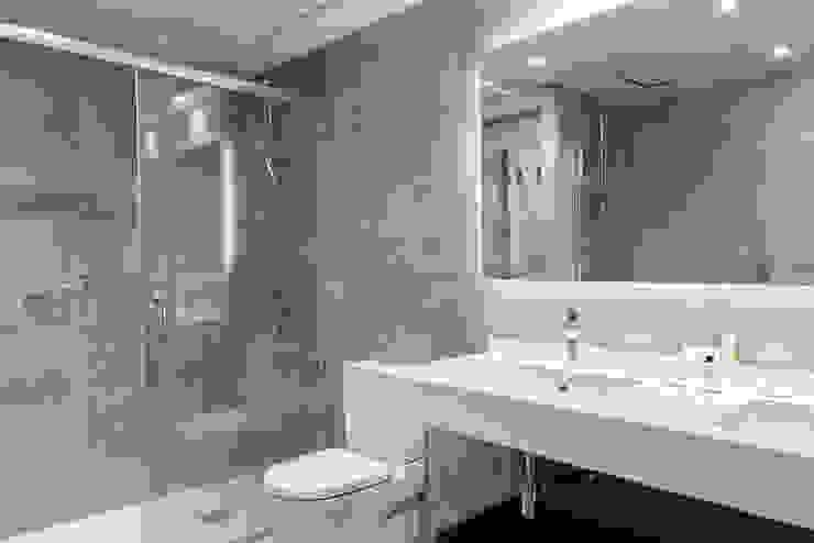 Hotel Avenida Palace Moderne Hotels von adela cabré Modern