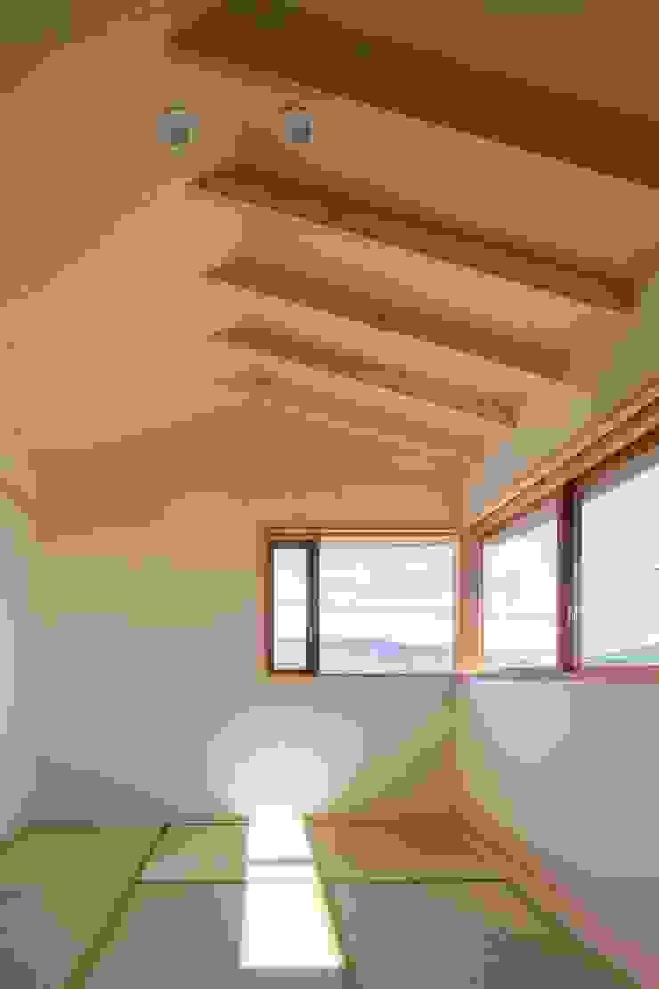 和室2 オリジナルデザインの 多目的室 の アトリエ・ブリコラージュ一級建築士事務所 オリジナル