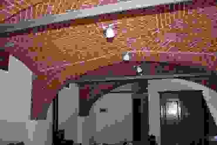 SOGGIORNO Roberta Bonavia Architetto Soggiorno in stile rustico