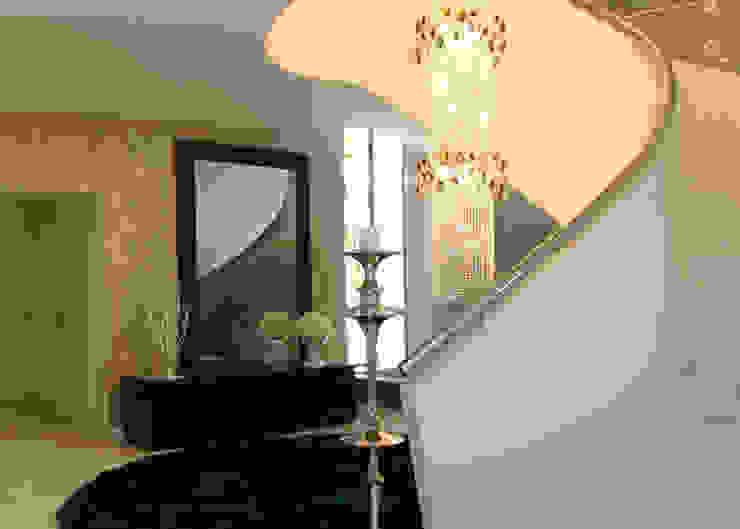 Hall Corredores, halls e escadas modernos por Belgas Constrói Lda Moderno
