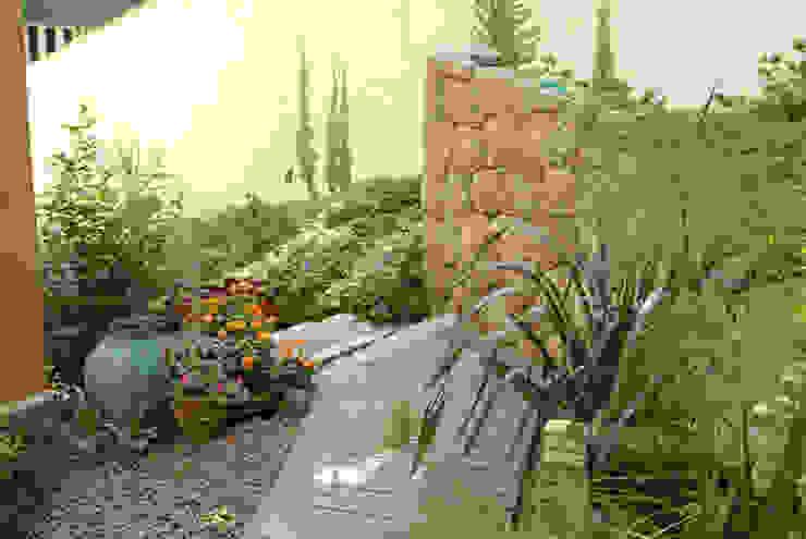 Jardines de estilo  por Emmilia Cardoso Designers Associados, Rural